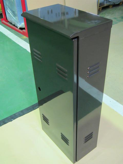 弱電機器用制御ボックス
