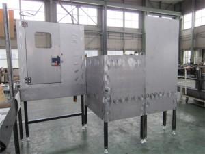 大型工作機械用カバー