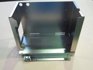 分析装置内蔵部品シャーシ